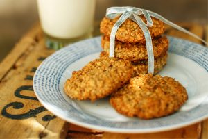 banana oat biscuits, cooking and mindfulness